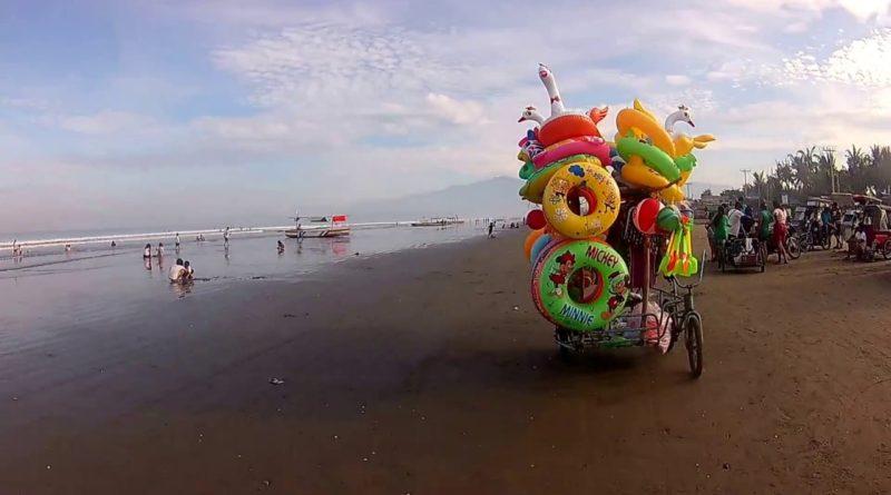 Die Philippinen im Video - Am Strand von San Fabian in der Provinz Pangasinan