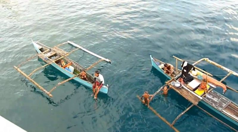 Die Philippinen im Video - Ro-Ro Autfähre von Lipata nach San Ricardo Foto und Video: Dieter Sokoll