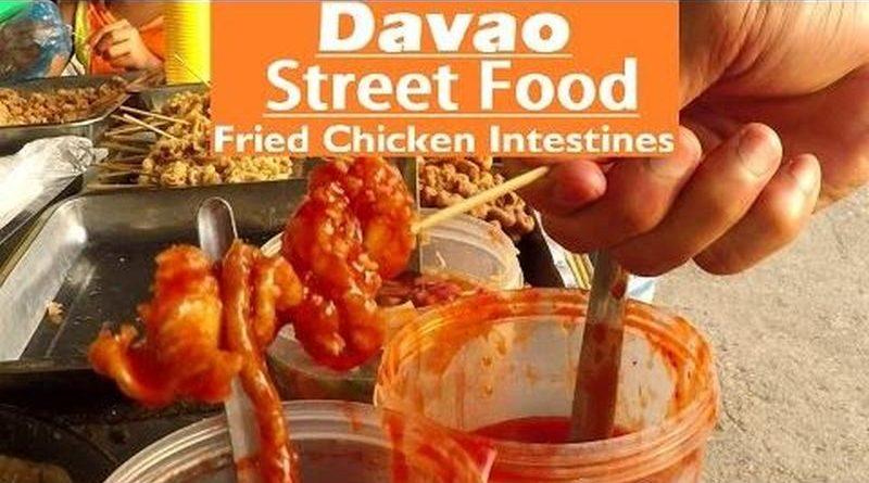Die Philippinen im Video - Hühnerinnereien vom Grill in Davao