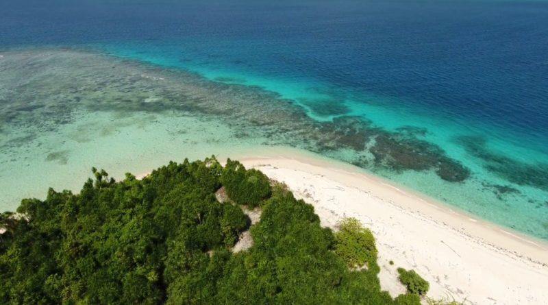 Die Philippinen im Video - Freizeitspaß mit Tem Motorboot in Balabac