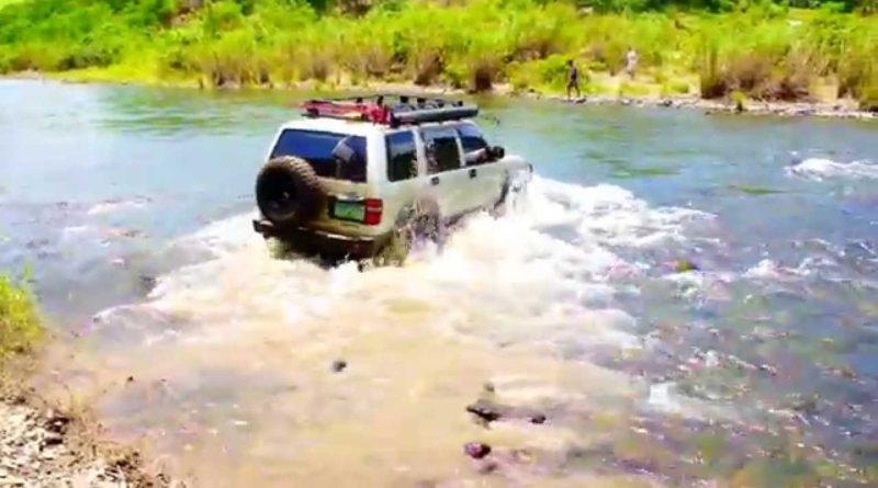Die Philippinen im Video - Flussdurchquerung mit Allrad