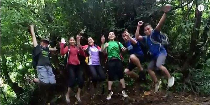 Die Philippinen im Video - Berg Romelo + Wasserfall Buruwison