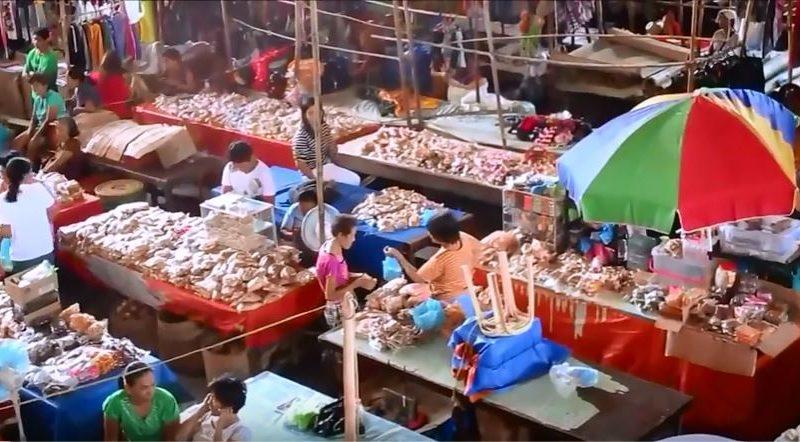Die Philippinen im Video - Auf dem Bauernmarkt in Miagao
