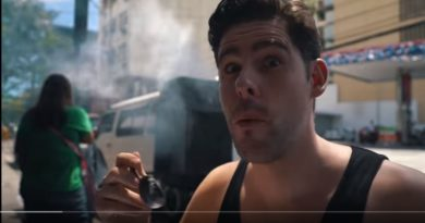 Die Philippinen im Video - Unglaubliches Straßenessen bei Aling in Makati