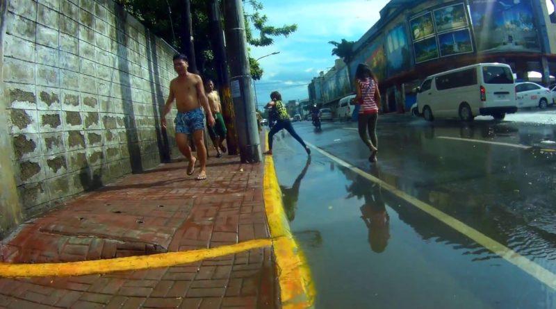 Die Philippinen im Video - Wenn es richtig schüttet in Downtown Cebu