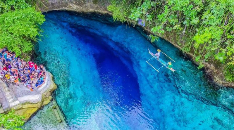 Die Philippinen im Video - Enchanted River in Hinautuan