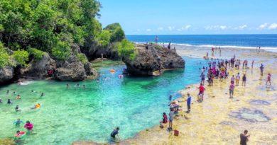 Die Philippinen im Video - Luftaufnahmen der Magpupungko Tidal Rock Pools