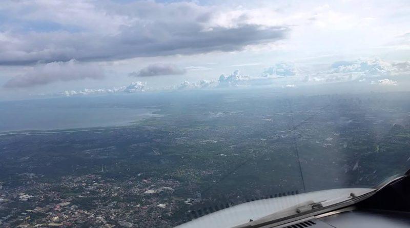 Die Philippinen im Video - Pilotensicht-Landung RPLL auf Runway 24