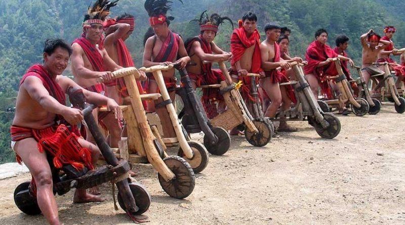 Die Philippinen im Video - Holzroller-Rennen