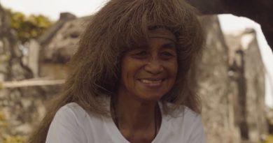Die Philippinen im Video - Schutzkleidung der Ivatan