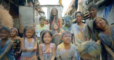 Die Philippinen im Video - We're in this together von Catriona Grey