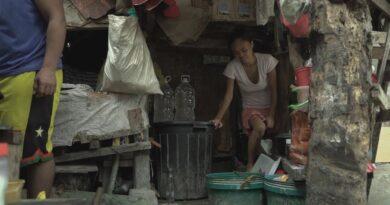 Die Philippinen im Video - Wie die Armen der Philippinen mit den Maßnahmen kämpfen