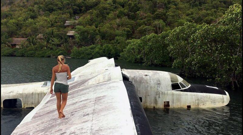 Die Philippinen im Video - Verlassenes Flugzeugwrack zwischen den Inseln