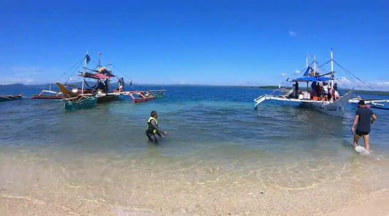 Die Philippinen im Video - Hagonoy Island in Bislig