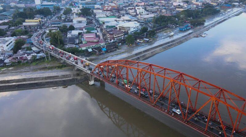 Die Philippinen im Video - Lufaufnahmen der Stadt Butuan