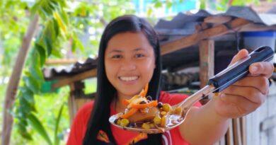 Die Philippinen im Video - Verwandeln von 20 Kilogramm Kuhhaut in Balbacua
