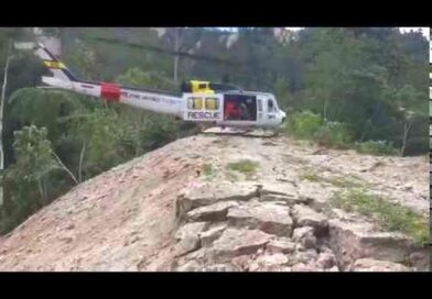 Die Philippinen im Video - Rettungshubschrauber der phil. Luftwaffe im Erdbeben-Einsatz
